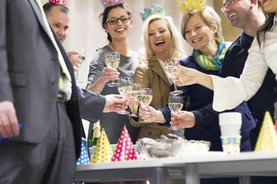 Sparkling cider or Champagne sets festive party tone