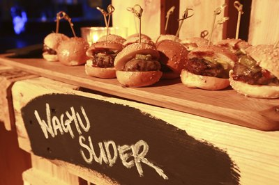 Wagyu hamburger sliders with melted cheese