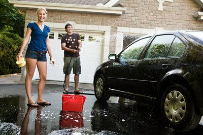 Give your car a clean-up before showing it to interested buyers.