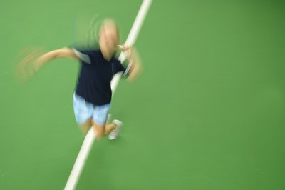 Tennis players use their muscles in short, powerful bursts of energy.