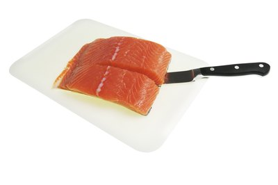 Eating salmon is a good choice for adding both niacin and vitamin B12 to your diet.