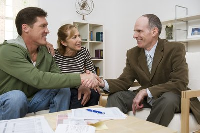 Unit trusts are sold by financial advisers or comissioned stock brokers.