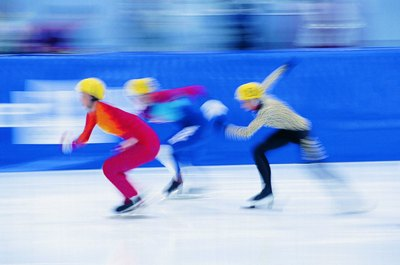 The grueling pace of speed skating requires a strong cardiovascular system.