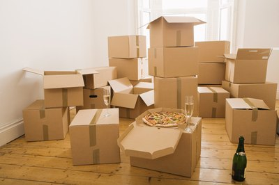 A cheap long-distance moving service won't break your back or your budget.