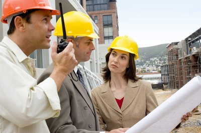 Civil construction supervisors work on homes and commercial buildings.