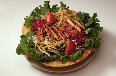 A grilled chicken salad makes an excellent low-carb lunch.