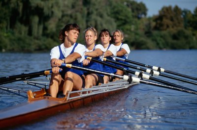 Rowing can put pressure on the knee joint.