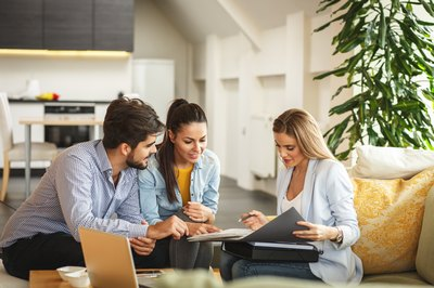 Can I Use My Husband's Pay Without Having Him on a Home Loan?