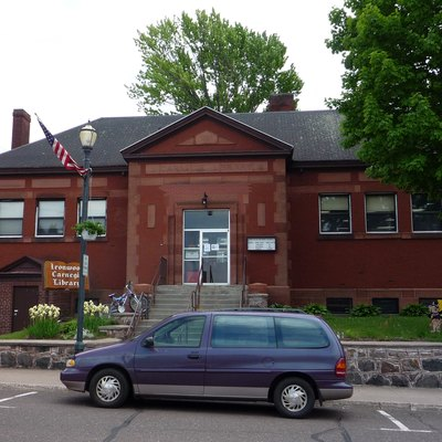 Carnegie Library, Ironwood, Michigan, Usa.
