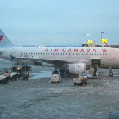 Air Canada Airbus A319 (C-GBHZ). I took this picture during my trip at the Montreal airport.