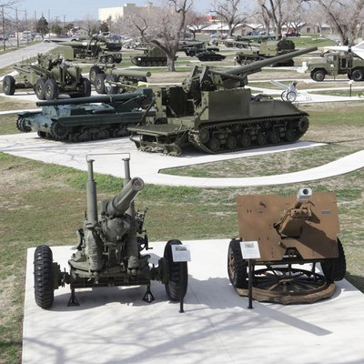Next door to the Artillery Museum is a new Artillery Park with artillery pieces from throughout the world.