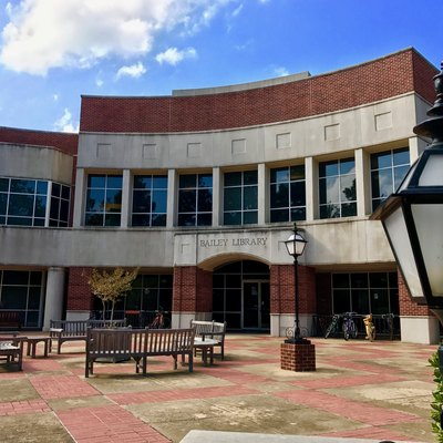 Bailey Library at Hendrix College.