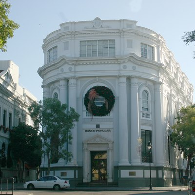 Banco De Ponce Building — 1920s Neoclassical Building, Within The Ponce Historic Zone, In Ponce, Puerto Rico.