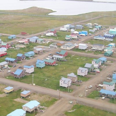 Barrow, Alaska from the air. Note the houses are mounted on stilts.