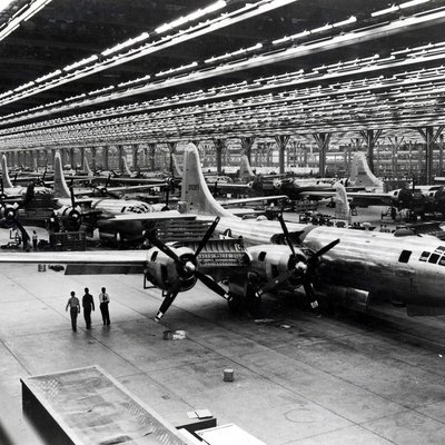 Boeing-Wichita B-29 Assembly Line - 1944