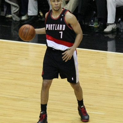 W:Brandon Roy Playing With The W:Portland Trail Blazers
