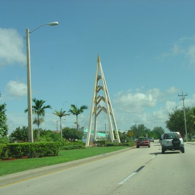 The monument in the median of Cape Coral Parkway, at the foot of the Cape Coral Bridge.