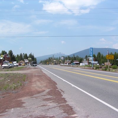 A view of Crescent Lake Junction with Maiden Peak in the distant background
