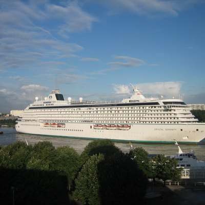 Cruise ship Crystal Serenity, mooring in Antwerp