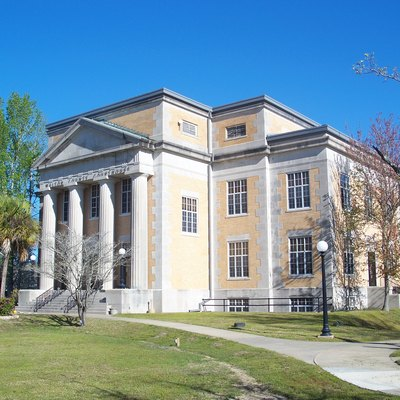 Defuniak Springs, Florida: Defuniak Springs Historic District: Walton County Courthouse.