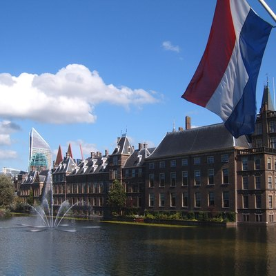 Binnenhof, Hofvijver and flag of the Netherlands, The Hague (Netherlands)