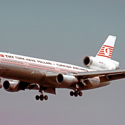 Douglas DC-10-10 TC-JAU of THY Turkish Airlines landing at Frankfurt Airport in 1974