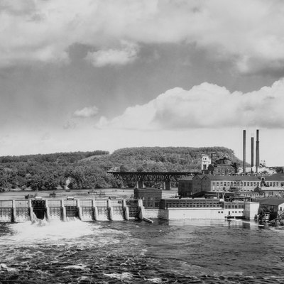 The Dells Dam (Dells Paper and Pulp Company), two miles above Eau Claire, Wisconsin on the Chippewa River, and the site of the paper and pulp mill.