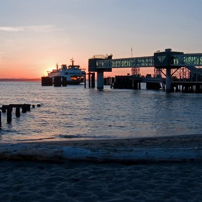 Another solstice sunset shot of the Edmonds-Kingston ferry arriving at Edmonds.