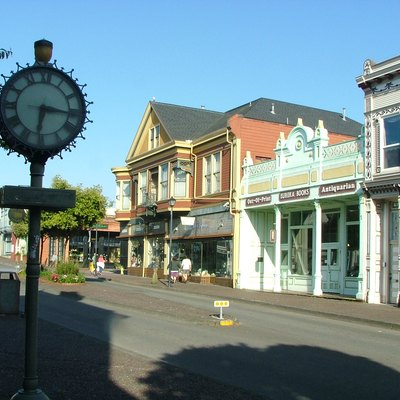 Second and F Streets in Eureka, California.