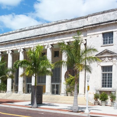 Fort Myers, Florida: Fort Myers Downtown Commercial District: Old 1933 Courthouse, Now An Arts Center.