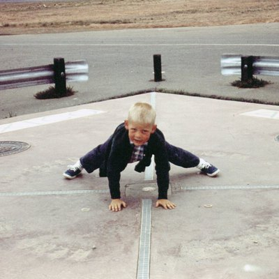 A young boy at the Four Corners Monument in the United States in 1965.