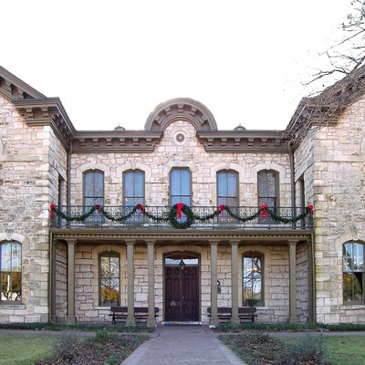 Fredericksburg Memorial Library Located In Fredericksburg, Texas, United States, And Designed By Alfred Giles. The Site, Which Was The Old Gillespie County Courthouse, Was Designated A Recorded Texas Historic Landmark In 1967 And Listed On The National Register Of Historic Places On March 11, 1971.