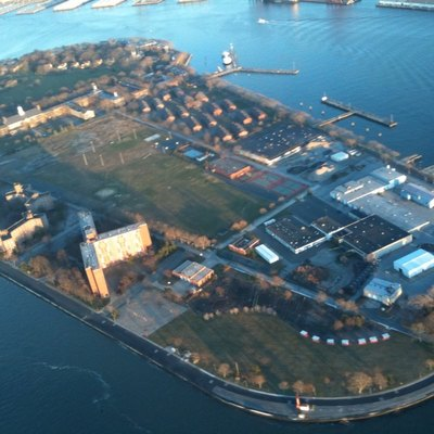 Governor's Island from air