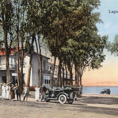 Postcard of the Hotel Laguna in Laguna Beach, California pre-1917