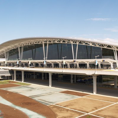 Photo of the completed Indianapolis International Airport midfield terminal. Front elevation photo. Taken on Oct 11th, 2008 by Dan Hammer (self).