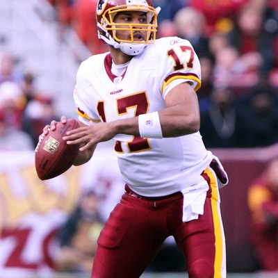 An image of football player Jason Campbell in 2006 with the Redskins.