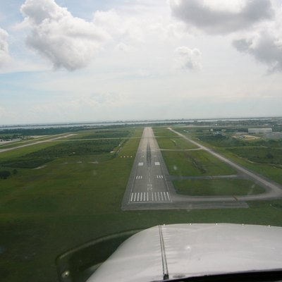 Runway 9R of Melbourne International Airport.