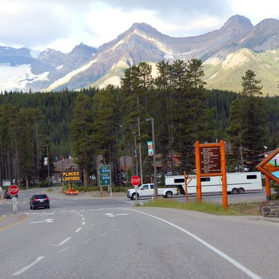 The entrance to w:Lake Louise, Alberta.