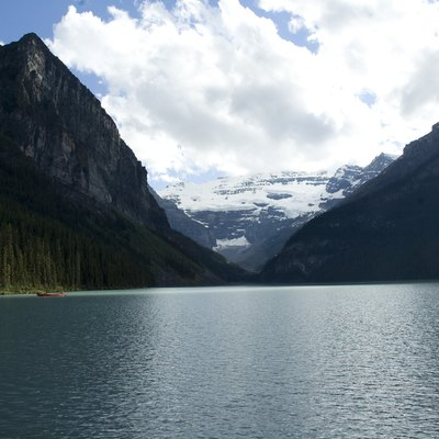Picture of Lake Louise on a partly cloudy day in July, 2010.