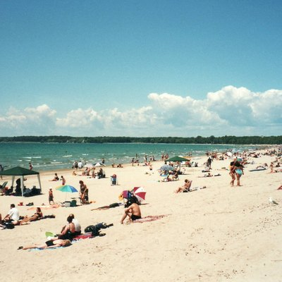 Lake Ontario, Sandbanks Provincial Park (Adventure Land) (2001)