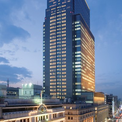 Exterior view of Nihonbashi Mitsui Tower and Mandarin Oriental, Tokyo