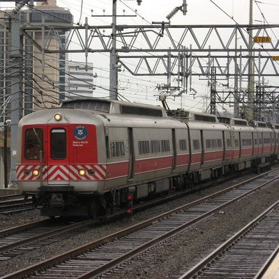 Metro-North Railroad train 1567 from New Haven to New York entering Stamford