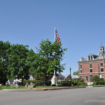 The oval in the center of Milford, New Hampshire. The town hall is off to the right.