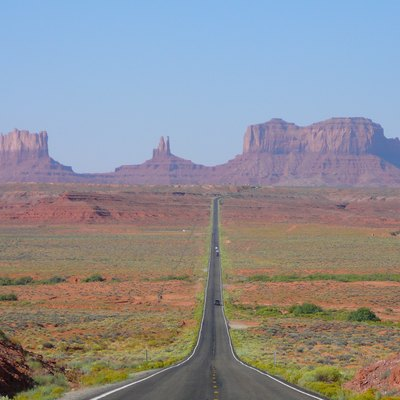 View of Monument Valley in Utah, looking south on U.S. Route 163 from 13 miles (21 km) north of the Arizona–Utah border