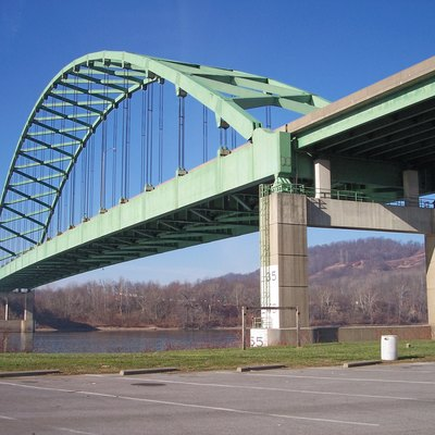 The w:Moundsville Bridge, connecting w:Moundsville, West Virginia (foreground) and rural w:Belmont County, Ohio across the w:Ohio River