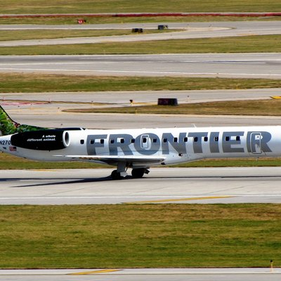 Frontier Express Embraer Erj-145 Operated By Chautauqua