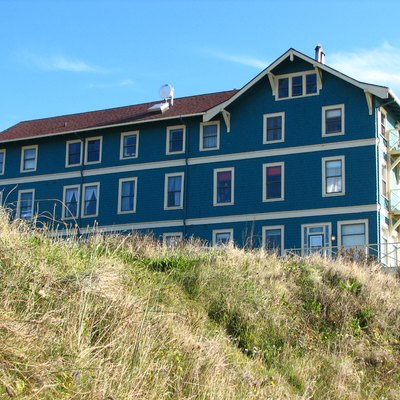 The New Cliff House (Sylvia Beach Hotel) in Nye Beach is on the National Register of Historic Places.