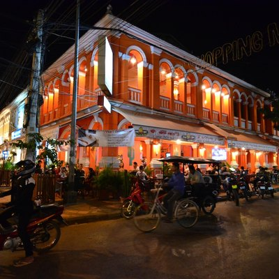 Busy restaurant in Siem Reap City