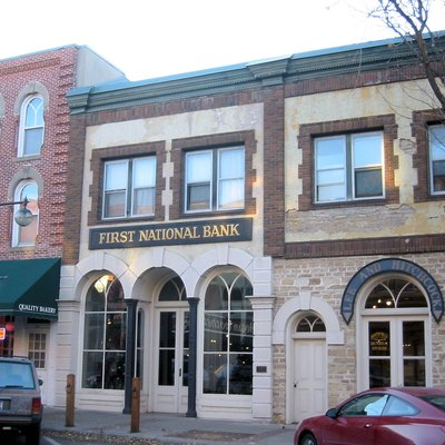 The First National Bank in w:Northfield, Minnesota robbed by the w:James-Younger Gang on September 7, 1876. This is now a museum, no longer an operating bank. This is located within the w:Scriver Block Building.