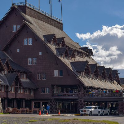 Old Faithful Inn, Hotel, Yellowstone, National Park, 2015, United States